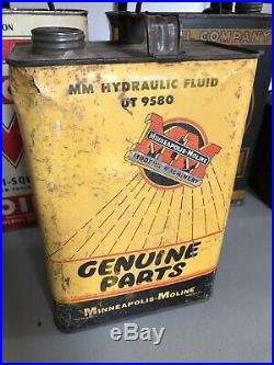 1950s Vintage MINNEAPOLIS MOLINE TRACTOR Old 1 gallon Tin Oil Can Hydraulic