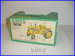 1/16 Vintage Minneapolis Moline G1000 Tractor WithGreen Box! Nice