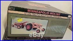 MM U withMM 3b Plow 1/16 diecast farm tractor and Implement replica by SpecCast