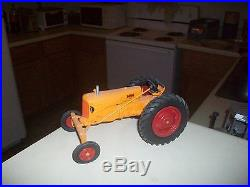 Minneapolis Moline RTE toy tractor (White, Oliver)1/16 custom made
