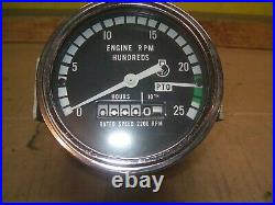 Oliver, Minneapolis Moline farm tractor NEW OLD STOCK tachometer G1355, G950,1350